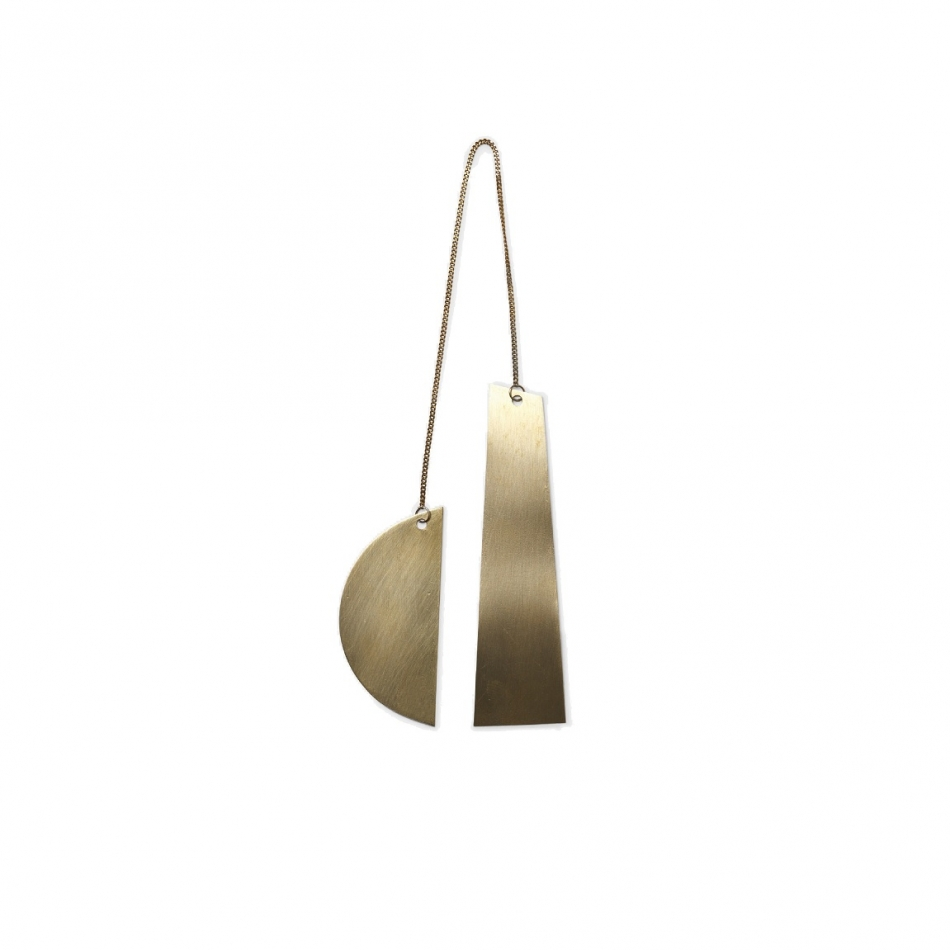 FERM LIVING Half Moon Ornament Messing