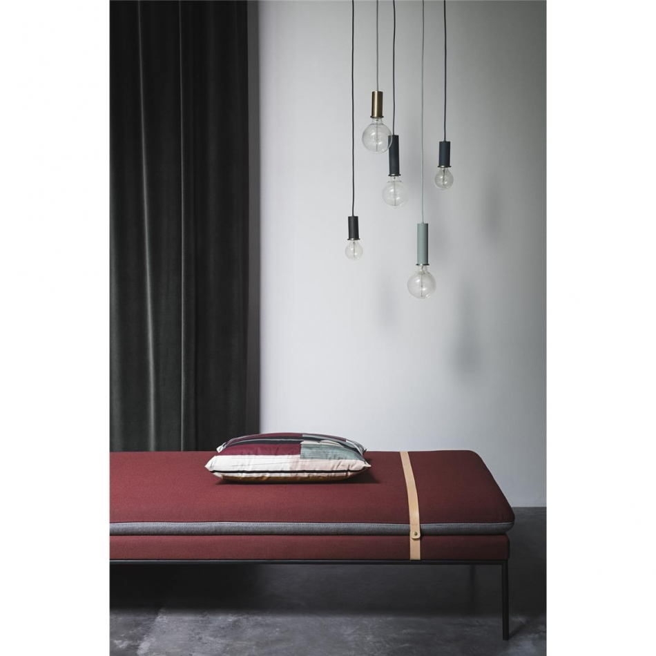 ferm living lampe messing dekorativ wohnen shop. Black Bedroom Furniture Sets. Home Design Ideas