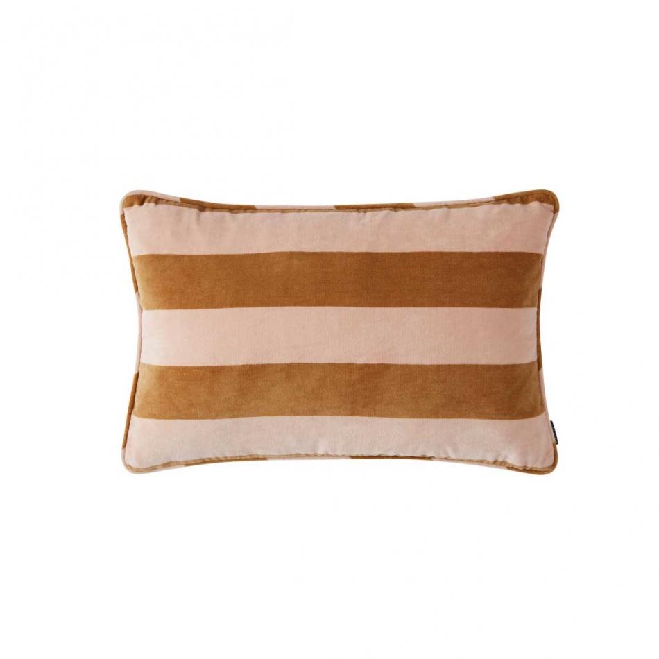 oyoy kissen samtkissen confect amber rose. Black Bedroom Furniture Sets. Home Design Ideas