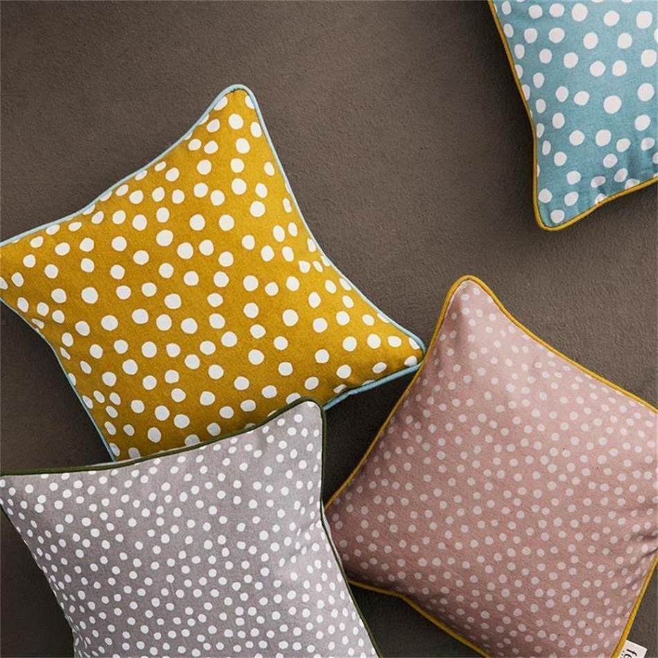 ferm living dots kissen curry. Black Bedroom Furniture Sets. Home Design Ideas