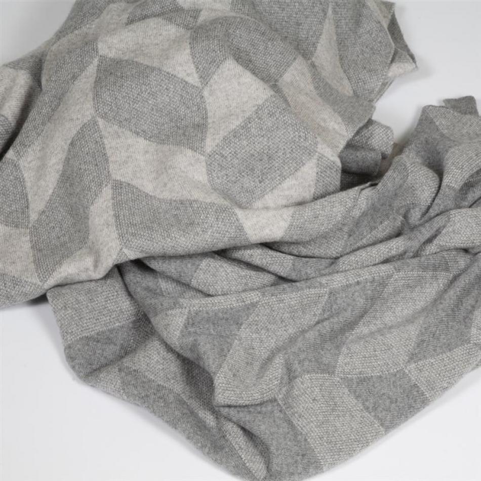 syd strickdecke herringbone grey. Black Bedroom Furniture Sets. Home Design Ideas