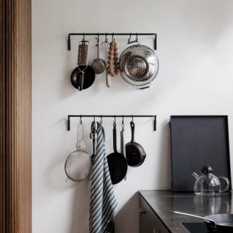 FERM LIVING Kitchen Rod Hakenleiste schwarz